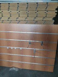 Panels and hooks in steel - Lot 8 (Auction 6436)