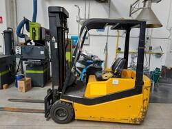 Forklift truck - Lot 95 (Auction 6439)