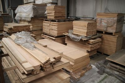 Solid wood flooring - Lot 70 (Auction 964)