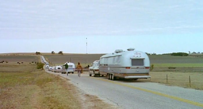 "relationship essay gilbert grape What's eating gilbert grape why is gilbert and becky's relationship as strong as it is in the film ""what's eating gilbert grape"" directed by lasse."