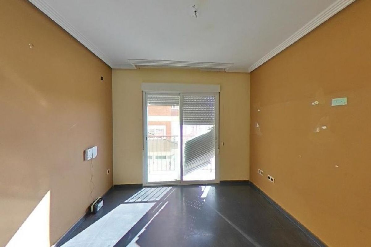 Venta de casas y pisos en ALMERIA Almería