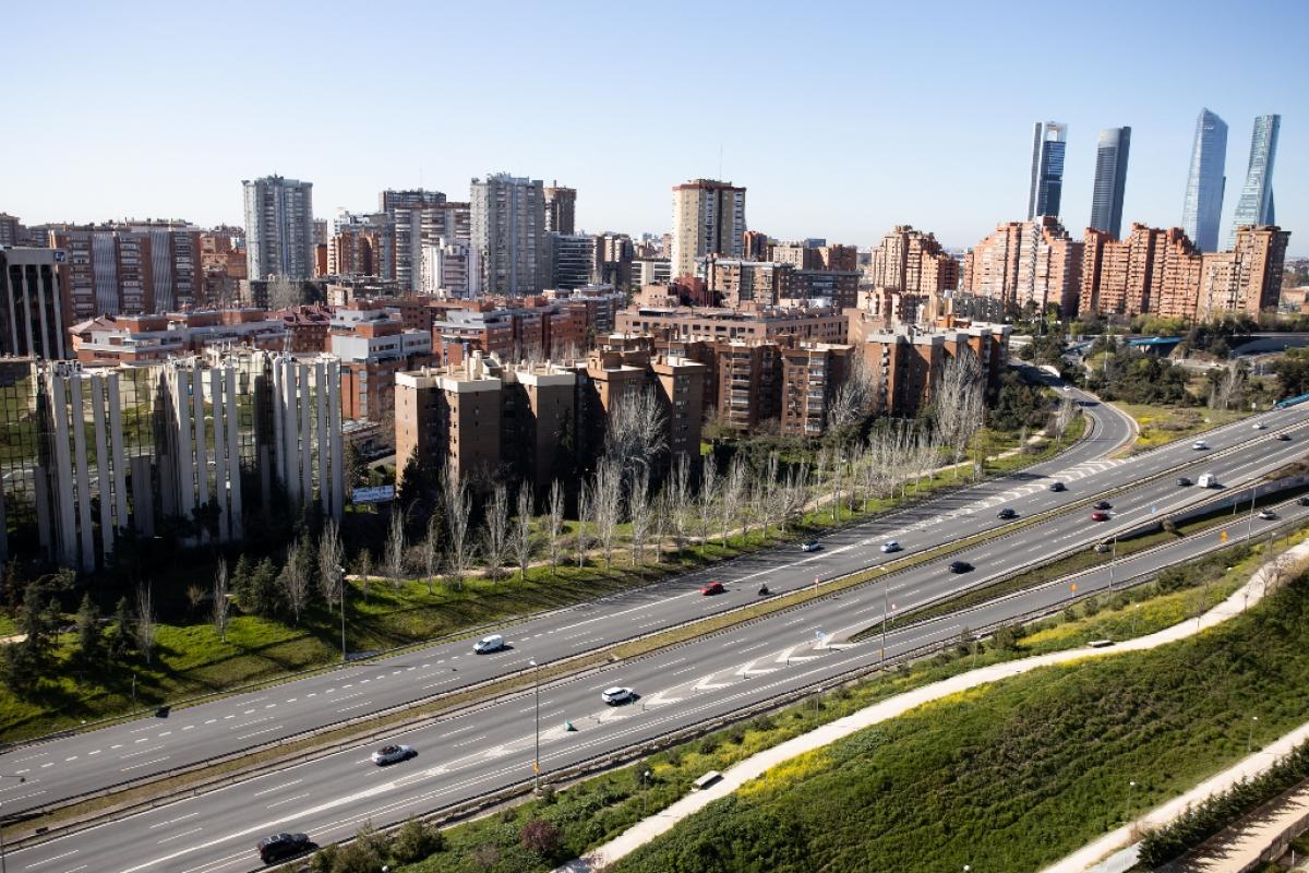 Obra nueva en alquiler en Calle Dulce Chacon, Madrid