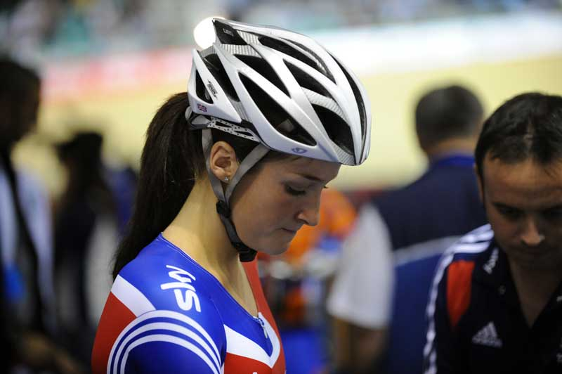 Lizzie Armitstead team GB pre scratch race 2009 Manchester world cup - Cascos