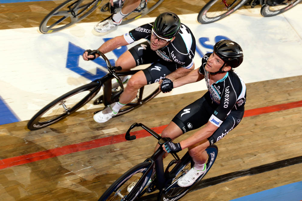 Photo: Mark Cavendish and Iljo Keisse.