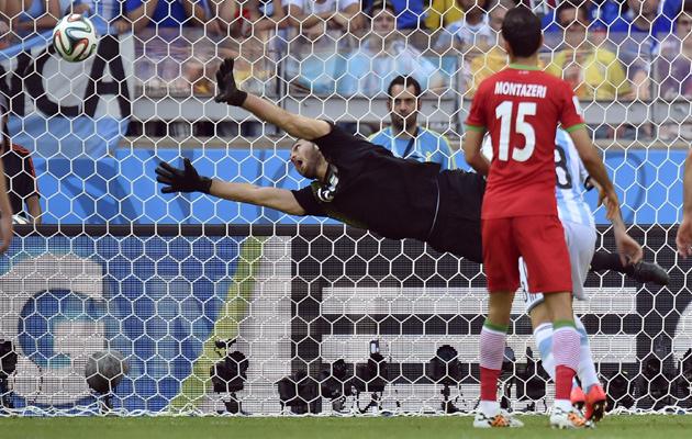 Messi-scores-v-Iran