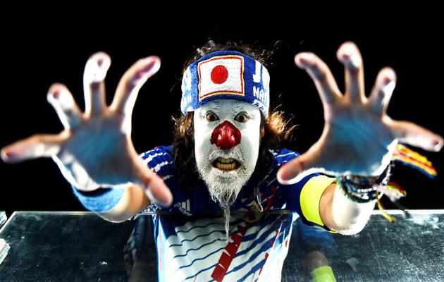 japan-fan-clown