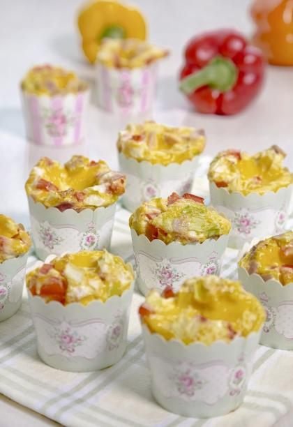 Scrambled Egg Cupcakes With Cheddar Cheese Frosting