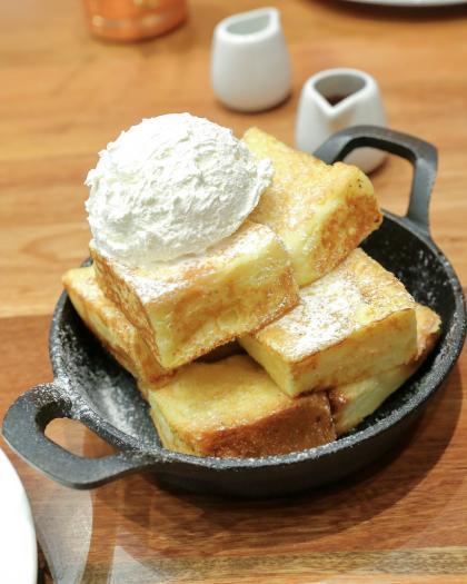 Apple Cinnamon Vanilla French Toast