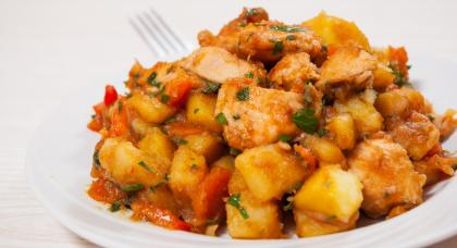 Chicken, Potato And Pepper Stew