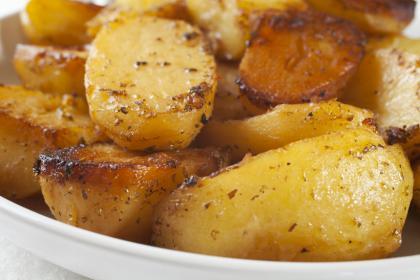 Roasted Potatoes With Lemon, Oregano And Garlic