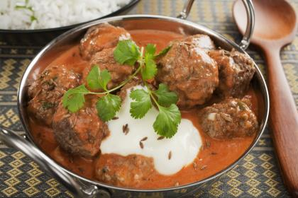 Lamb Kofta With Yogurt Sauce
