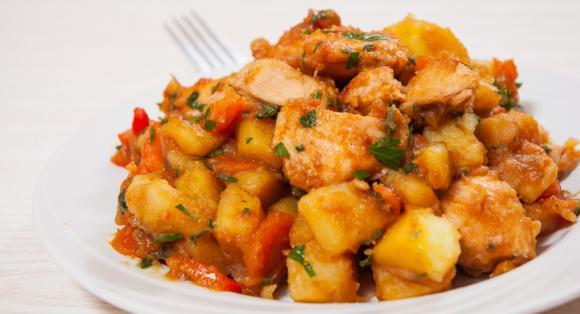 Chicken, Potato And Pepper Stew