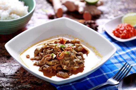 Gulai Kambing (Spiced Lamb)