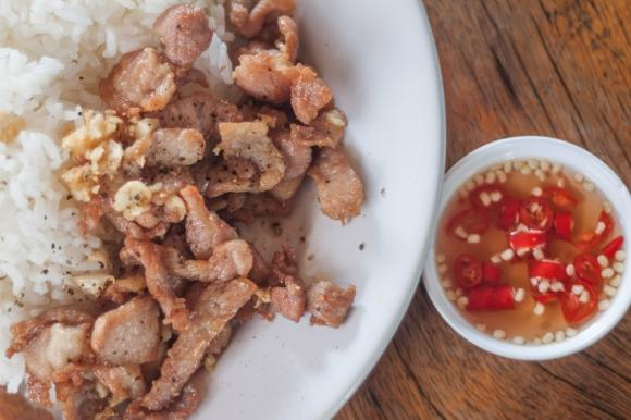 Sliced Pork With Garlic And Chilli Sauce