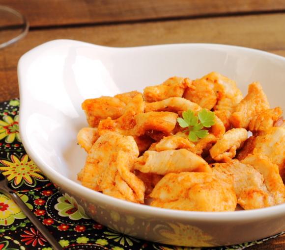 Chicken In A Tomato & Paprika Glaze