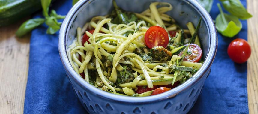Pasta With Courgette And Fresh Tomatoes recipe