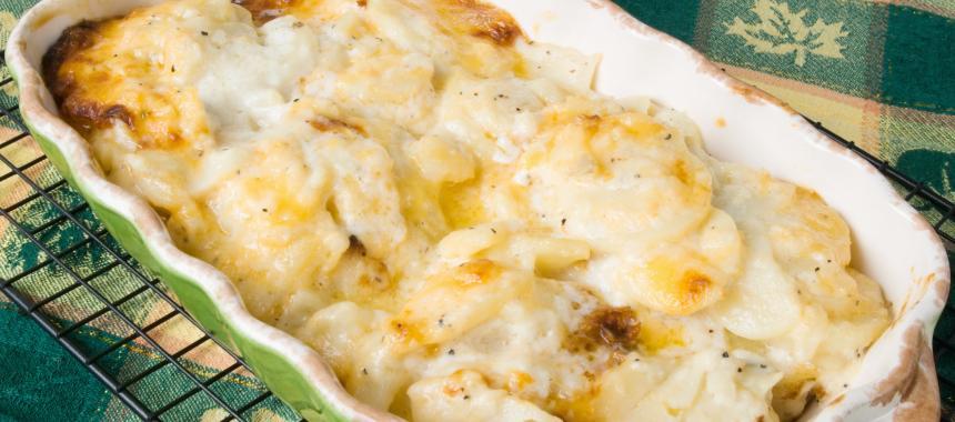 Scalloped Sour Cream Potatoes recipe