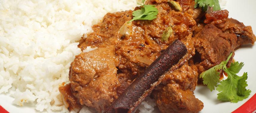 Lamb Curry With Yoghurt recipe