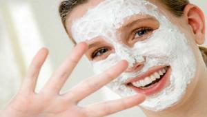 Come usare lo yogurt per la cura della pelle del viso 7a2c547568