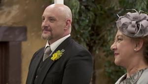 Il Segreto, anticipazioni spagnole: DOLORES e TIBURCIO si sposano!