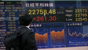 1eb3b4f405 Borsa: Asia chiude mista sui timori della guerra commerciale, Cina in calo