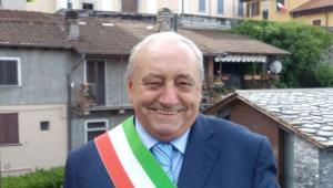 quattro consiglieri contro il sindaco