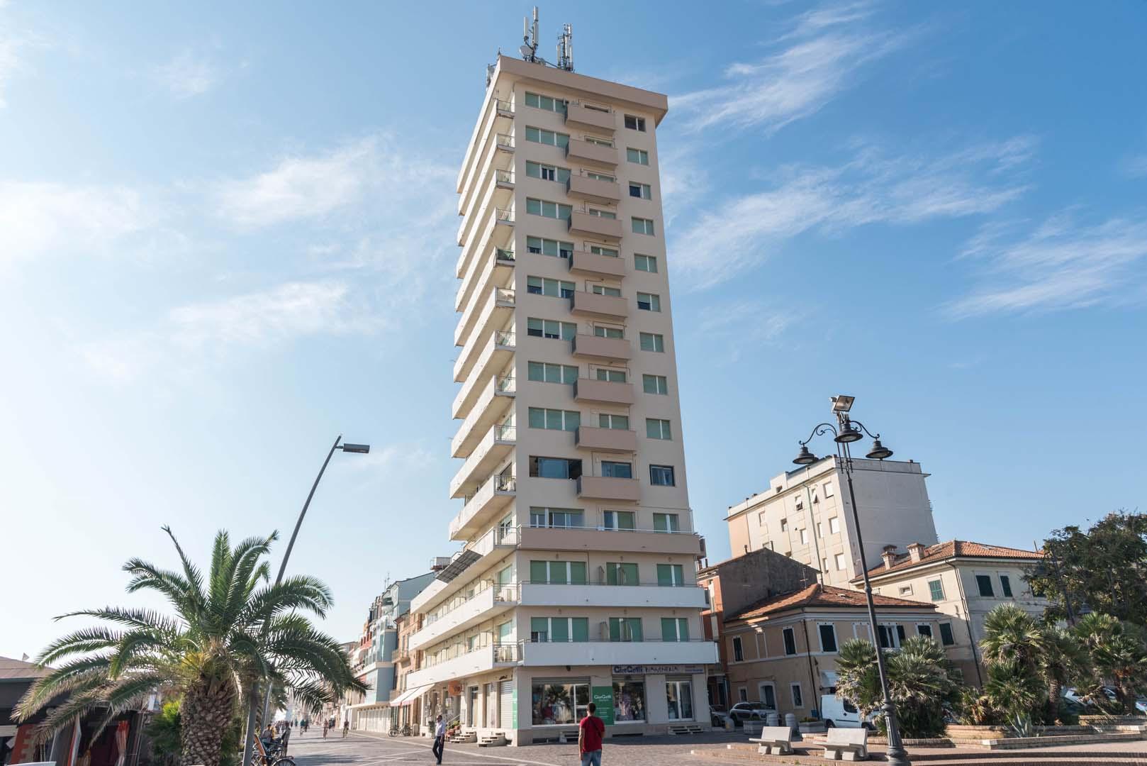 Ripristino grattacielo hotel Bianchi di Porto Recanati (MC)