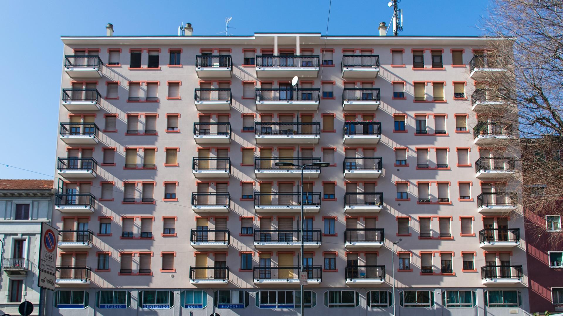 Riqualificazione energetica e conservativa: edificio in Piazza Dergano, Milano