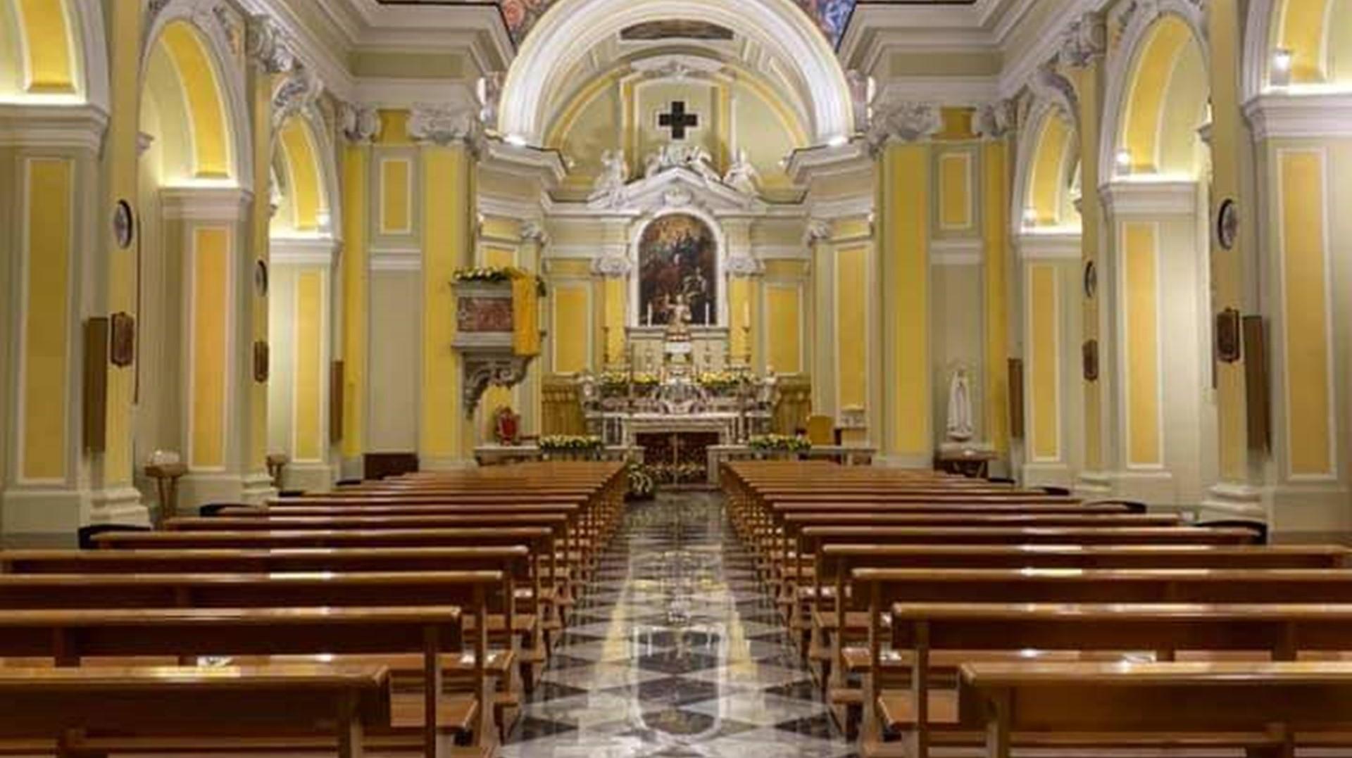 Restauro degli interni del Duomo di Vietri sul Mare (SA)