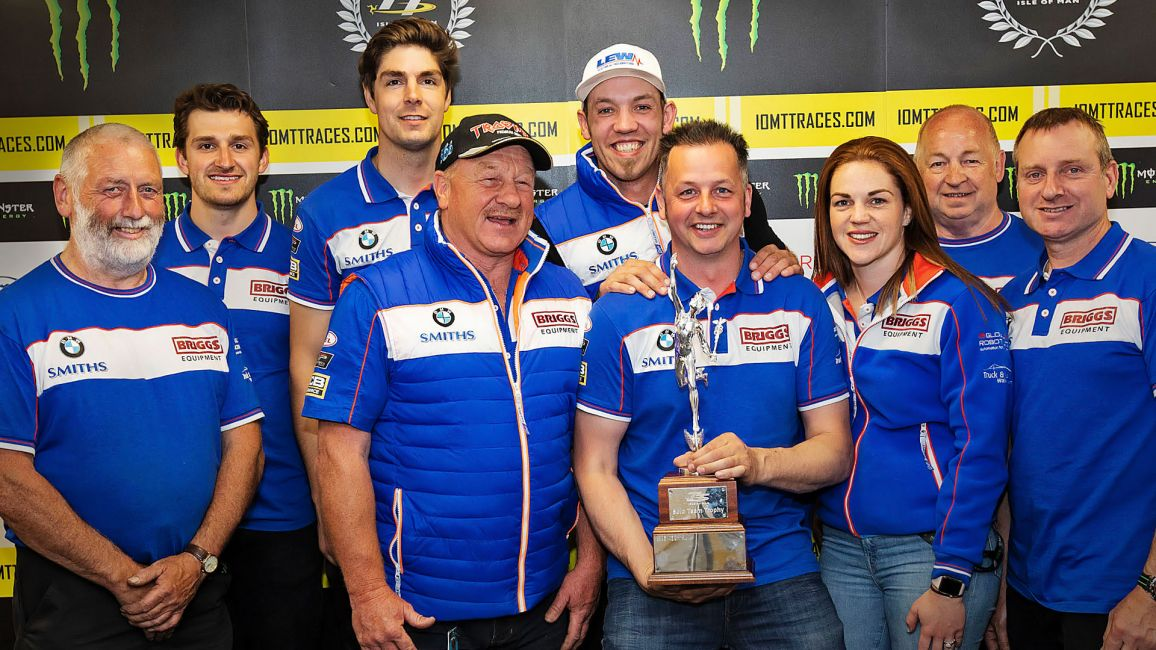 SMITHS RACING TO STEP DOWN FROM RACING