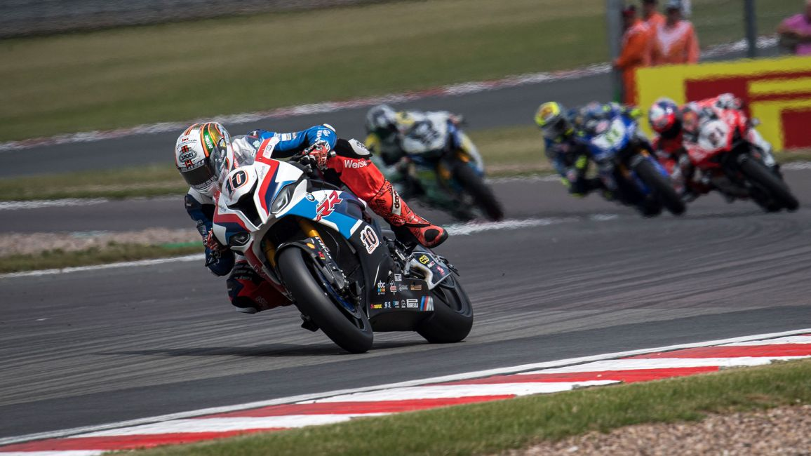 SOLID POINTS FINISHES FOR HICKMAN IN WSBK