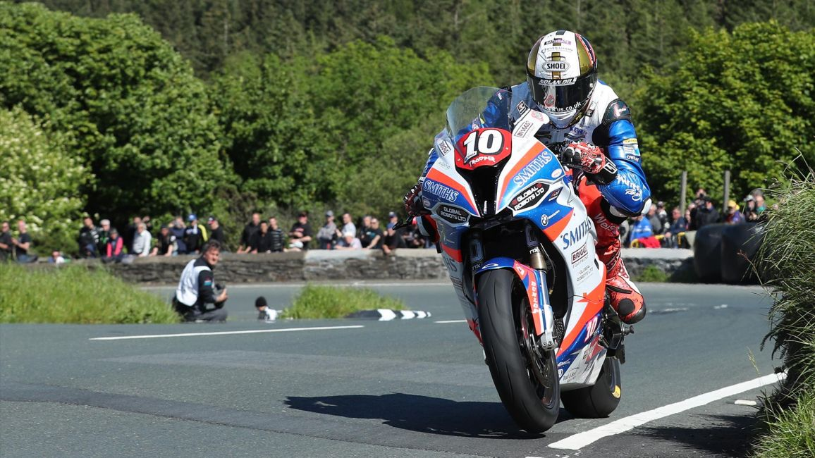 PETER HICKMAN TAKES SECOND WIN OF THE DAY IN RL360 SUPERSTOCK