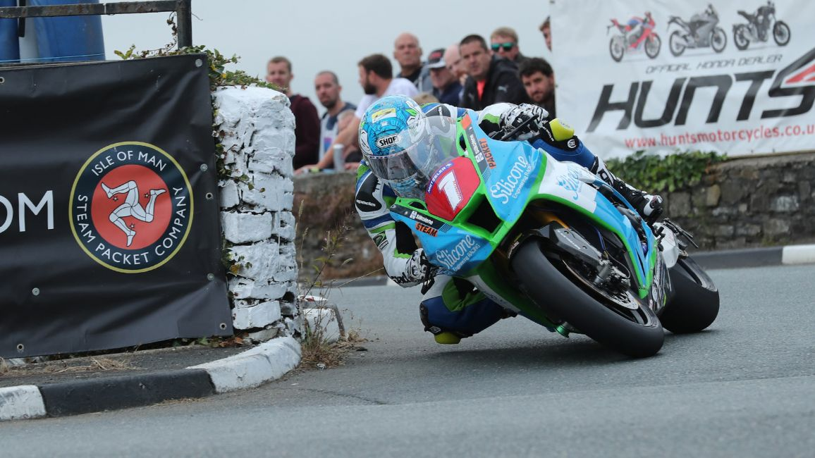 HARRISON SETS PACE IN OPENING RACES AT S100