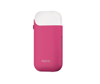 H104648_IQOS_Sleeve_3Qtr_Pink_Device.png