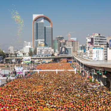 46000 People Start The Great Ethiopian Run With 73 Orbis Ireland Participants In The Middle