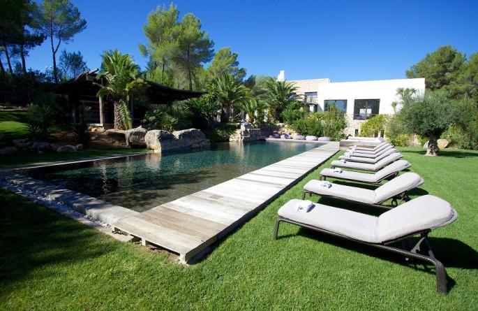 Luxury countryside retreat villas in Ibiza, Mallorca and Formentera