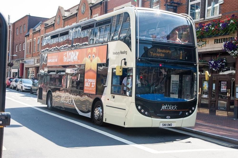 jet-black-service-reading-buses-_140318