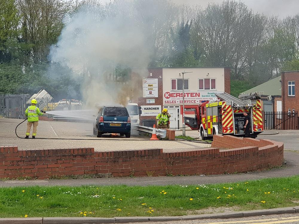 Car-fire-_-210418--1-