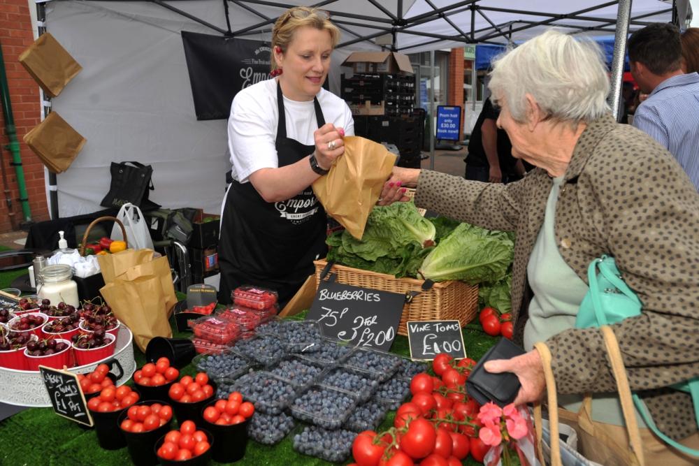 Fresh-food-market-aldershot-_080518
