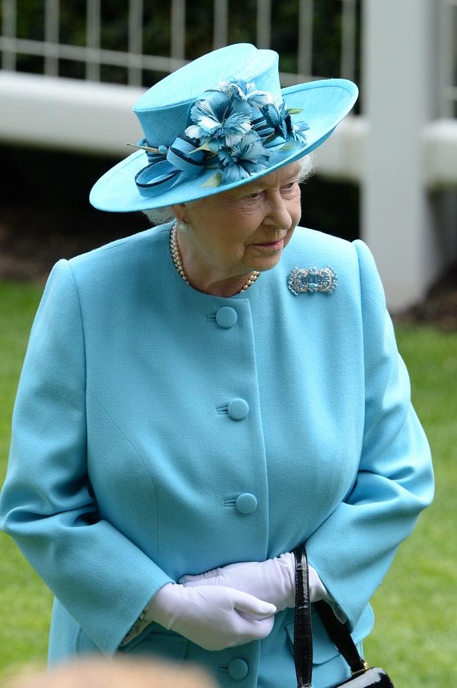 Queen-2014-Reach--_310518