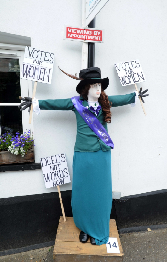 Sonning-Scarecrows-2018-_290518--22-