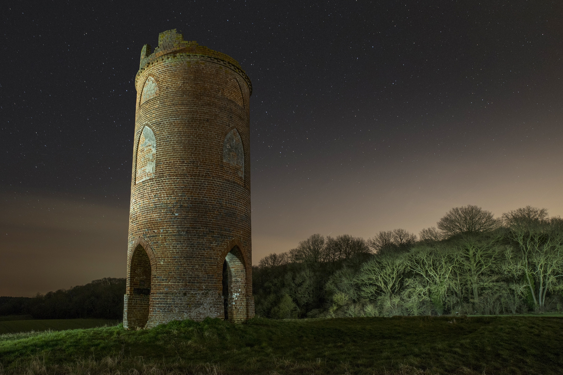 Wilders-Folly-at-night-110518