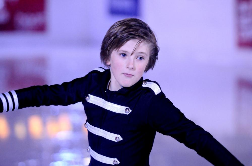 ice-skater-_250518