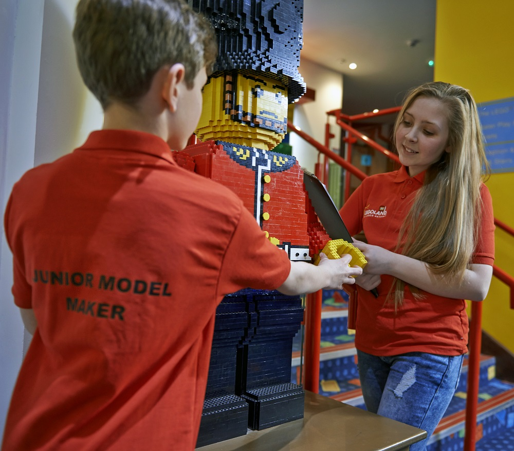 junior-model-maker-_290518-right-size