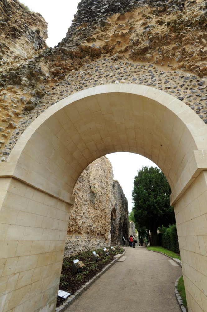 Abbey-Ruins-_070618--11-