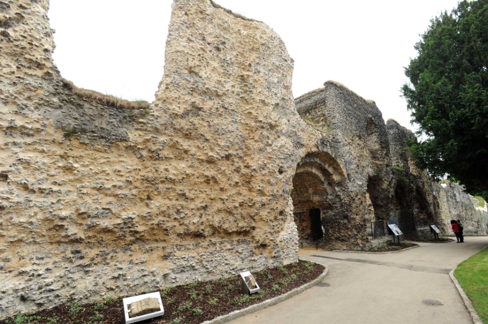 Abbey-Ruins-_070618--12--1
