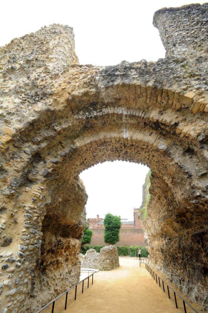 Abbey-Ruins-_070618--17-