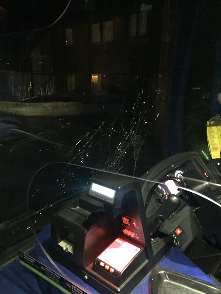Bus-vandalism_280618