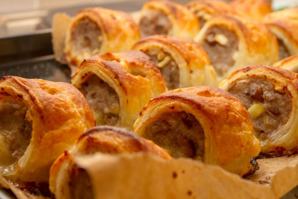 Sausage-rolls-_140618