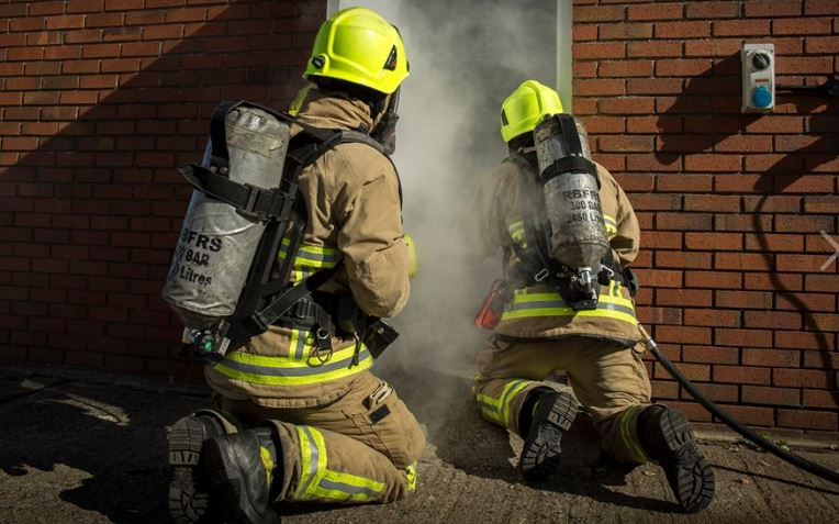 how to become a firefighter in england